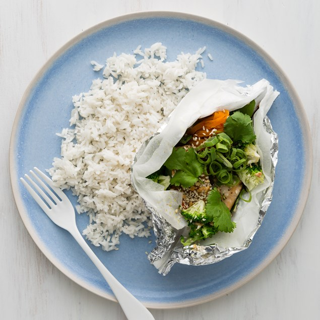 Honey Soy Ginger Fish Parcels with Steamed Rice